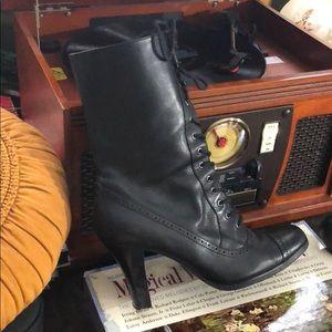 Zip up Vintage steam punk lace up boots 👢 ❤️😩😍